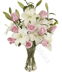 bouquet-rose-rosa-e-gigli-bianchi-247x300