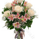 Bouquet di Alstroemeria e Rose bianche