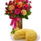 Torta mimosa con bouquet di Roselline miste