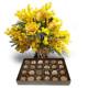 Tre Rose gialle con Mimosa e Scatola di Cioccolatini